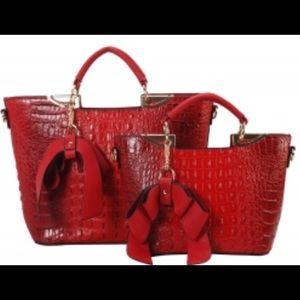 Handbags - 🌹Fashion Faux Croc Tote Bag 🌹RED🌹NWT 🏷